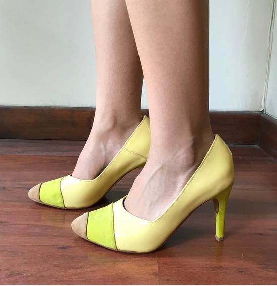 Zapatos Stilettos Amarillos Lima De Charol Nuevos