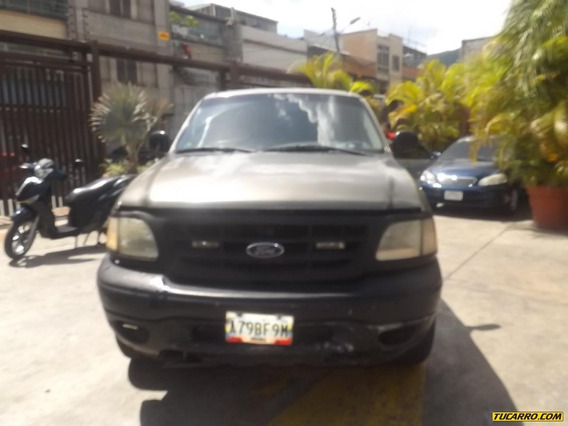Ford Pick-up Fortaleza