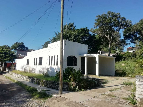 Casa Con Predio En Suchitlán, Comala.