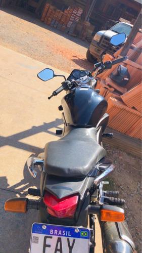 Imagem 1 de 7 de Honda 2012
