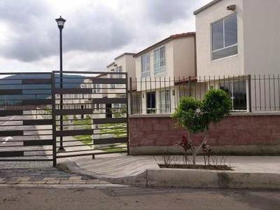 Casa Bonita Con Alberca , Palapa Y Áreas Verdes.