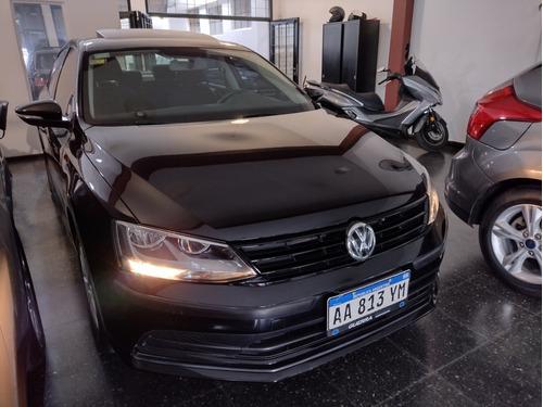 Volkswagen Vento 2.0 Advance Summer Package 2017 Guerra Auto