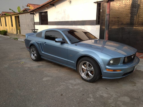 Ford Mustang Full Equipo