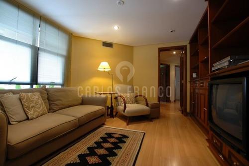 Morumbi:  Apartamento Arejado, Com Uma Bela Vista  - Cf37392