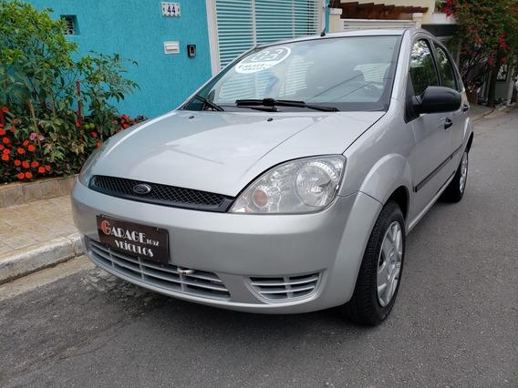 Ford Fiesta 1.0 5p 2003 - Bem Conservado