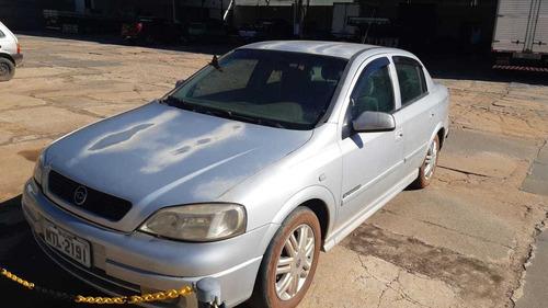 Chevrolet Astra Sedan 2001 2.0 Gls 4p