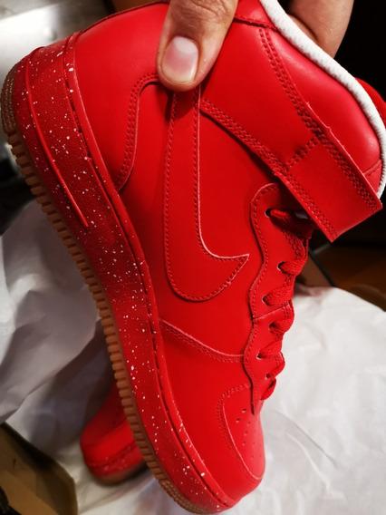Nike Air Force 1 Mid Rojos Y Motas Blancas