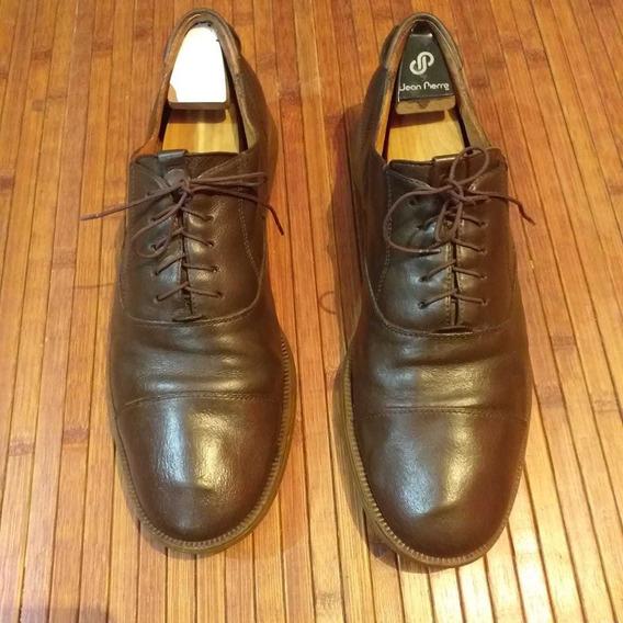 Zapatos Españoles Oxford Marca Camper.