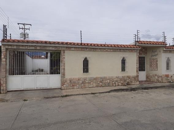 Casa La Fontana Maracay Código 431199 Glory G. 04243033520
