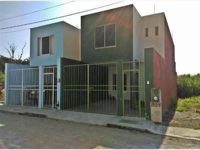 Casa Sola En Venta Fracc. Orquideas