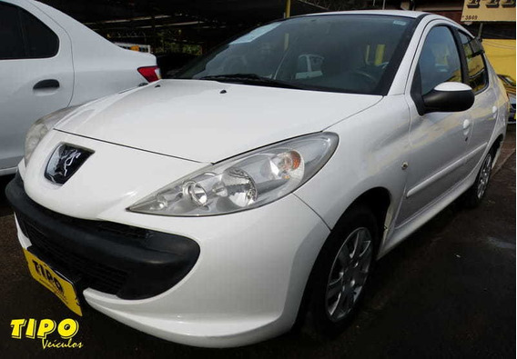Peugeot 207 Sedan Passion Xr 1.4 8v Flex 4p 2011