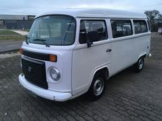 Volkswagen Kombi - 9 Lugares - Fernando Multimarcas
