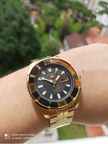 Exclusivo Seiko Sports Made In Japan Dourado Giratório