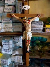 Crucifixo Com Imagem De Jesus 28cm Por 49 Cm