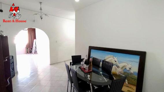 Apartamento En Venta En Maracay Zona Centro Zp 20-9630