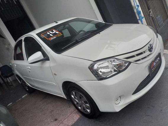 Toyota / Etios X 2014 Flex 2014