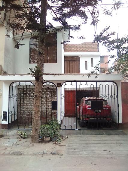 Vendo Casa Urb El Pinar Comas