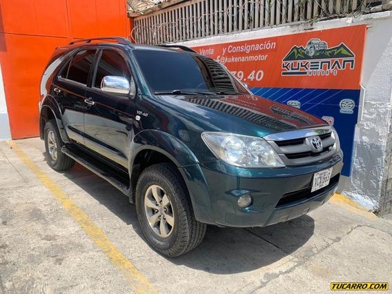 Toyota Fortuner 4x4 7 Puestos