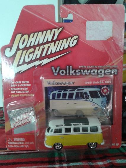 Volkswagen Samba Bus 1965 Johnny Lightning - Blister Cerrado