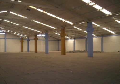 Id 24944, Bodega En Renta En Ecatepec, Cuenta Con Todos Los Servicios. 2,400 M², $160,000.00