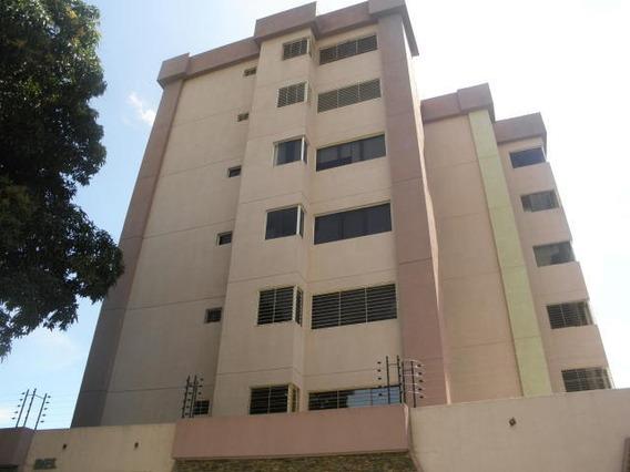 Apartamento En Venta Casco Central Pt 19-17669