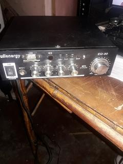Amplificador De 200w Fullenergy Eq-30 + 2 Parlantes