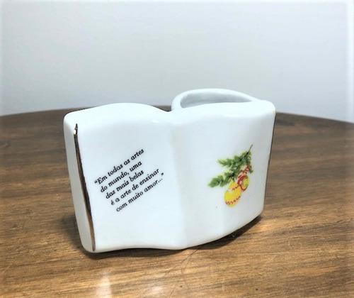 Imagem 1 de 6 de Porta Caneta Livro Organizador Porcelana Natal