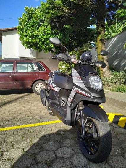 Moto Akt Automatica Dynamic Pro Negra