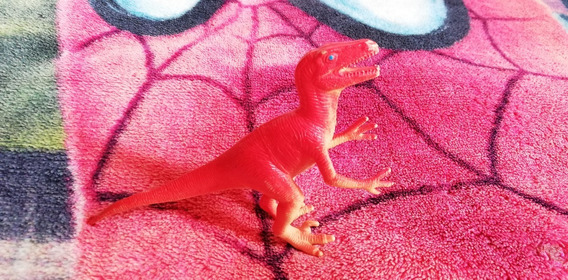 Velociraptor Dinosaurio De Plastico