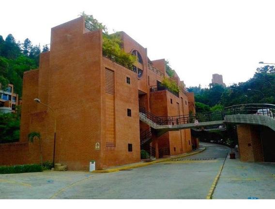 Townhouse En Venta Mls # 20-5765