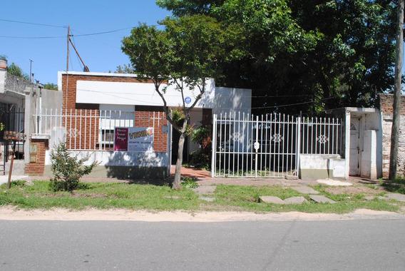 Casa En Venta Rosario Alberdi.