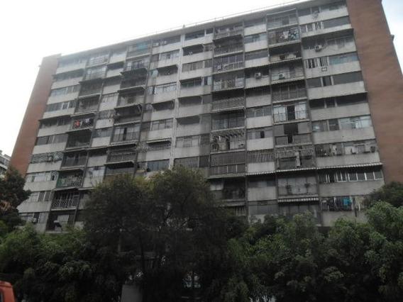 Apartamento Venta Yz Mls # 19-10965