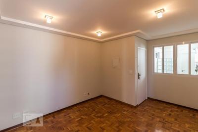 Apartamento No 10º Andar Com 2 Dormitórios E 1 Garagem - Id: 892925285 - 225285