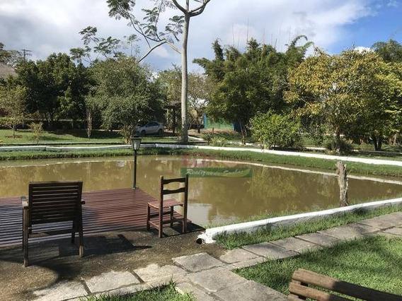 Chácara Com Lago, Piscina, Playground E Entre Outras Coisas... - Ch0192