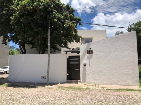 Casa En Renta En Fraccionamiento Jurica, Querétaro