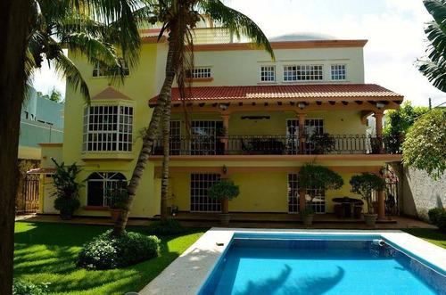 Imagen 1 de 28 de Bellisima Casa Grande En Venta En Cancun !!! C1865
