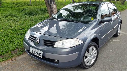 Renault Megane 2.0 Dynamique 4p