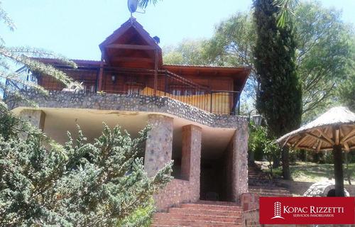 Villa Carlos Paz (villa Lago Azul) - Venta Casa 2 Dormitorios