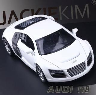 Miniatura 1/32 Metal Audi R8