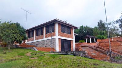 Quinta En Yunguilla, A 100m. De Gasolinera Cataviña