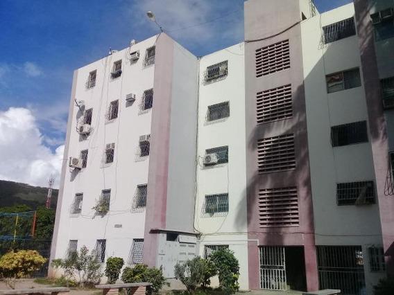 Apartamento En Venta J. Alvarado Codigo 20-1920