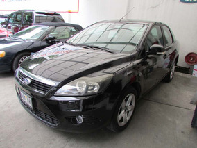 Ford Focus Sedan Sport At Negro 2009