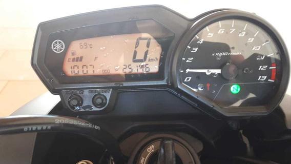 Yamaha Modelo 600