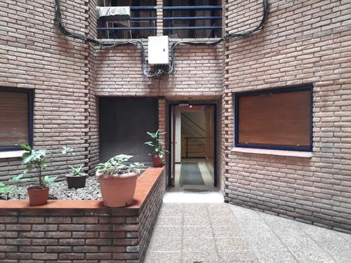 Venta De Departamento De 1 Dormitorio Planta Baja Con Patio