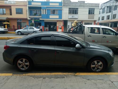 Chevrolet Cruze 2012 Full