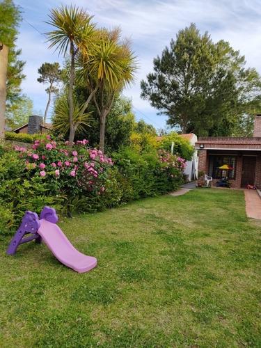 Casa En Venta Jardines De Cordoba 2 Dormitorios- Ref: 1098