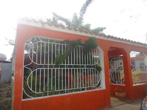 Vendo Bella Casa Zona Norte Cuji