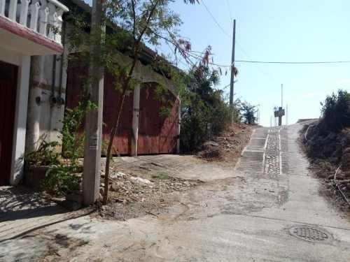 Bodega Comercial En Venta Fracc Mozimba
