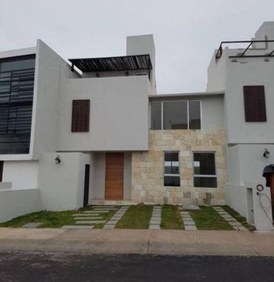 Casa En Pre-venta En Bojai, El Refugio