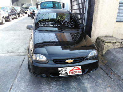 Chevrolet Corsa 1.o Mpfi Wind Sedan 8v Gas. 4p Manual 2001!!